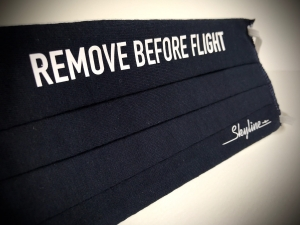 Maska Remove Before Flight granatowa