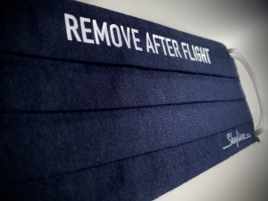 "Maska ""Remove After Flight"" kolor granatowy"